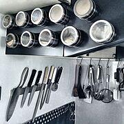 キッチン収納/キッチン雑貨/MONOTONE/シンプルモダン/DIY/セリア…などのインテリア実例