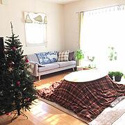 NO GREEN NO LIFE/シェードカーテン/ソファ/クリスマスツリー/ピアノのある部屋…などのインテリア実例