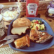 ランチプレート/ハワイのマグカップ/Francfrancの食器/アロハ部/Lounge…などのインテリア実例