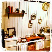salut!/賃貸DIY/セリア/飾り棚/板壁/雑貨…などのインテリア実例