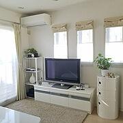 ラウンドエレメント/観葉植物/シンプルホーム/シンプルインテリア/ホワイトインテリア/テレビボード…などのインテリア実例