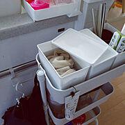 バスケットトローリー スリム/100均/洗剤ボックス/セリア/つけおき中/簡単に毎日…などのインテリア実例