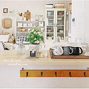 白×木/洗い物は見えない事に/雑貨/カフェ風に憧れる。/ナチュラルインテリア/匂いフェチ…などのインテリア実例