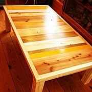 ローテーブル/ビタミンカラー/足場板/無垢材/手作り家具/My Desk…などのインテリア実例