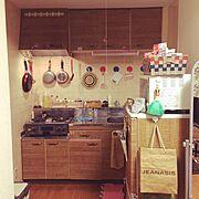 セリアは優秀/冷蔵庫 リメイク/リメイクシート/転写シール/Kitchen…などのインテリア実例