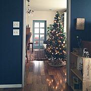 クリスマス/シャンデリア/スイッチ/アンティークテーブル/クリスマスツリー/ニトリ…などのインテリア実例