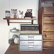 洋書/引き出し/アトリエ/仕事部屋/アイアン/古道具…などのインテリア実例
