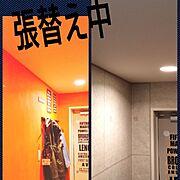 DIY♡/インテリア/壁紙屋本舗さんの壁紙/インテリア大好き/壁紙屋本舗さん♡/コンクリート壁紙…などのインテリア実例
