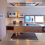 オープンキッチン/コンロ周り/掃除/リノベーション/マンション/アイランドキッチン…などのインテリア実例