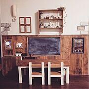 DIY/キッズデスク&チェアー/キッズコーナー/賃貸でも楽しく♪/飾り棚/黒板…などのインテリア実例