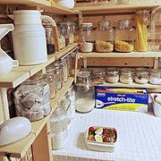 お弁当/棚DIY/2×4材/1×6材/1×4材/調味料棚DIY…などのインテリア実例