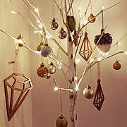 ナチュラル/ニトリ/クリスマスツリー120cm/ニトリのオーナメント/白樺ツリー…などのインテリア実例