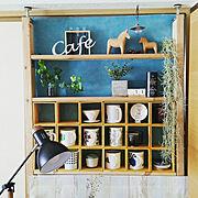 ニトリ/水色の壁紙/DIY 棚/ダイソー/ライト/照明…などのインテリア実例