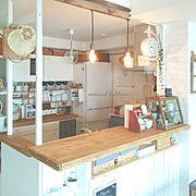 カフェ風インテリアを目指して/サリュのショ―ケ―ス/リメイク食器棚/DIYでお部屋作り…などのインテリア実例