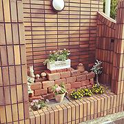 植木鉢/花壇/花壇手作り/レンガ調タイル/外構/Entrance…などのインテリア実例