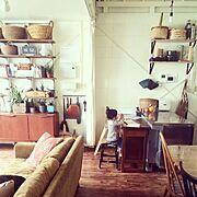 インスタグラムneigesnow123/窓枠DIY/棚DIY/和室を洋室に!…などに関連する他の写真