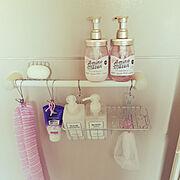 シャンプーラック/シャンプー/お風呂/Bathroom/Amino mason/セリア…などのインテリア実例