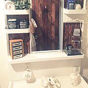 壁紙/フェイクグリーン/ダイソー/雑貨/セリア/Bathroom…などのインテリア実例