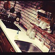 ロゴ好き♡/100均いろいろ。/JET OILER/キッチン掃除中/大掃除…などのインテリア実例