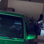 ガレージ内のインテリア実例