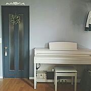 ペイントしたドアのインテリア実例