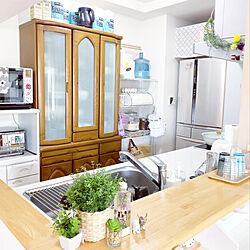 COSTCOのキッチンペーパー/食器棚替えたい/francfranc雑貨/ホワイト×グレー/マンション暮らし...などのインテリア実例 - 2020-04-09 13:31:02