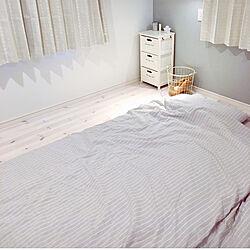 ベッド周り/ストライプ/ニトリのカーテン/グレーインテリア/ホワイトインテリア...などのインテリア実例 - 2018-04-29 19:43:34
