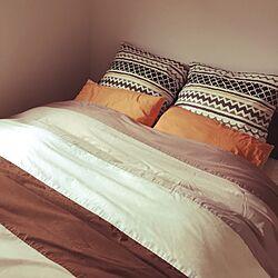 ベッド周り/オレンジ色が好き/まくらカバー/ベッドルーム/布団カバー...などのインテリア実例 - 2016-04-03 13:33:31