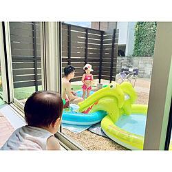 ウッドフェンス/目隠しフェンス/プール遊び/中庭の見えるリビング/中庭のある家...などのインテリア実例 - 2019-07-28 11:44:18