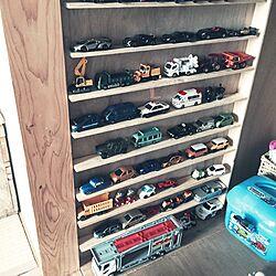 棚/トミカ収納/トミカ/おもちゃ収納/おもちゃ...などのインテリア実例 - 2015-10-01 23:36:57