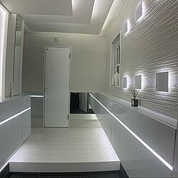 間接照明/玄関ディスプレイ/カッティングシートでリメイク/ニャンコと暮らす家/私生きてます...などのインテリア実例 - 2020-09-21 01:34:33
