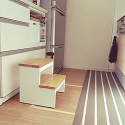 冷蔵庫 こども対策のあと/ビニール袋ストッカー/ベルメゾン キッチンマット/夏のスペシャルクーポン/RoomClipショッピング...などのインテリア実例 - 2021-08-28 14:32:11