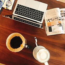 Lisa Larson/MacBook Pro/リサラーソンのメガネ/コーヒーのある暮らし/バルミューダケトル...などのインテリア実例 - 2020-04-13 00:06:35