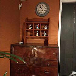 ベッド周り/DIY/ピーター・ラビット/飾り棚/とにかく赤い寝室だ...などのインテリア実例 - 2021-08-23 22:17:13