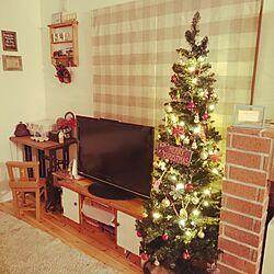 リビング/クリスマスツリー180cm/テレビ台は自分で塗装/蓄熱暖房をレンガで囲むのインテリア実例 - 2014-11-16 22:21:46