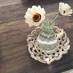 机/セリアの瓶/セリア/お花を飾るのインテリア実例 - 2015-04-08 15:33:58