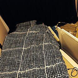 ベッド周り/一人暮らし/メンズ部屋/IKEA/パネルヒーターのインテリア実例 - 2013-12-15 00:10:02