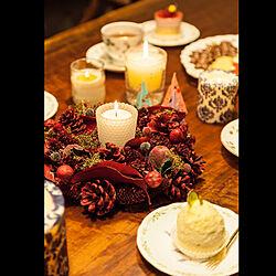 クリスマスリース/クリスマス/北欧インテリア/おやつ時間/無垢ダイニングテーブル...などのインテリア実例 - 2020-12-22 06:49:01