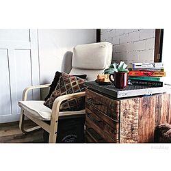 部屋全体/学習机サイドシェルフ/洋書/IKEAの椅子/ふすまリメイク...などのインテリア実例 - 2017-06-10 07:05:24