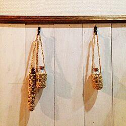 棚/mamiさん♡/麻ひも編み/板壁ベニヤ板/セリアのインテリア実例 - 2014-04-12 23:29:16
