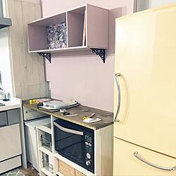 DIY棚/壁紙/ピンク色/食器棚/食器棚DIY...などのインテリア実例 - 2019-09-04 22:56:13