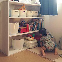 棚/おもちゃの収納に悩む。/初DIY作品/1×4/おもちゃ棚...などのインテリア実例 - 2016-09-26 10:45:11