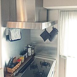 キッチン/大掃除/こどもと暮らす。/マンション暮らし/換気扇...などのインテリア実例 - 2018-12-27 18:01:37