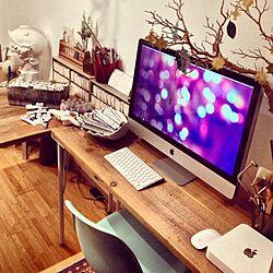 /Mac/机/イームズチェアー/オフィスの机...などのインテリア実例 - 2013-07-10 23:51:37