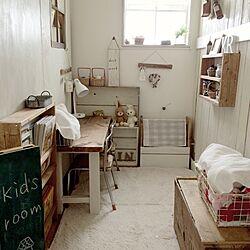 部屋全体/子供スペース/リビングの一角/狭いスペースを生かしたい/ナチュラルインテリア...などのインテリア実例 - 2017-03-09 09:31:15