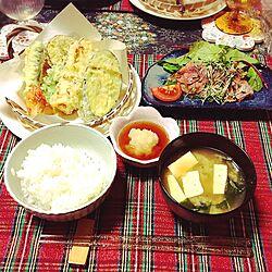 机/ダイソーの竹籠/セリアの食器/ニトリの食器/ニトリのテーブルランナー...などのインテリア実例 - 2016-11-22 22:48:25