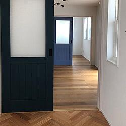 ブルーのドア/緑のドア/ヘリンボーンの床/ピノアースオーダーペイントドア/ウッドワン...などのインテリア実例 - 2020-09-19 11:12:28