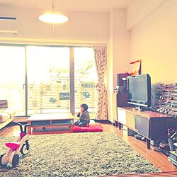 部屋全体/子供の遊ぶスペース/トミカ/テレビの前のインテリア実例 - 2014-03-06 06:07:43