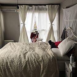 ベッド周り/インテリア移行中/グレー&ホワイト/いいね&コメント&フォロー感謝♡/猫と暮らす...などのインテリア実例 - 2017-01-05 10:21:05