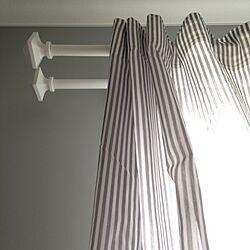 壁/天井/IKEAのカーテンレール/IKEAのカーテン/グレーの壁紙/ストライプ...などのインテリア実例 - 2016-05-28 13:47:37
